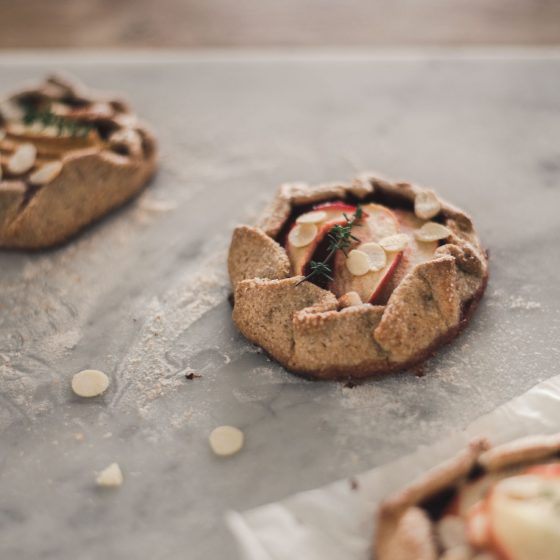 apple tart with wholegrain crust recipe