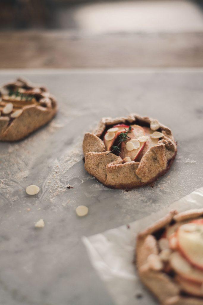 apple tart with wholegrain crust recipe